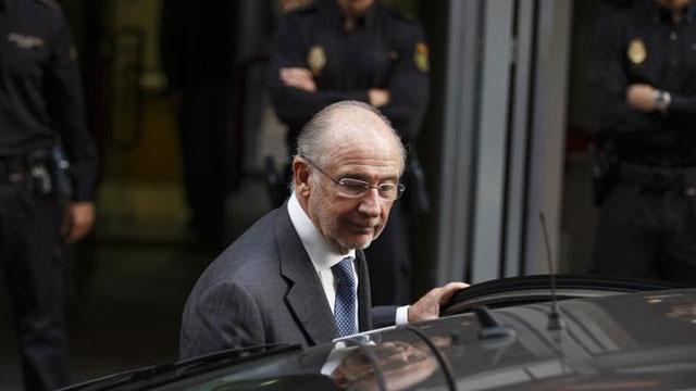Las tarjetas B y un informe pericial agravan el caso Bankia