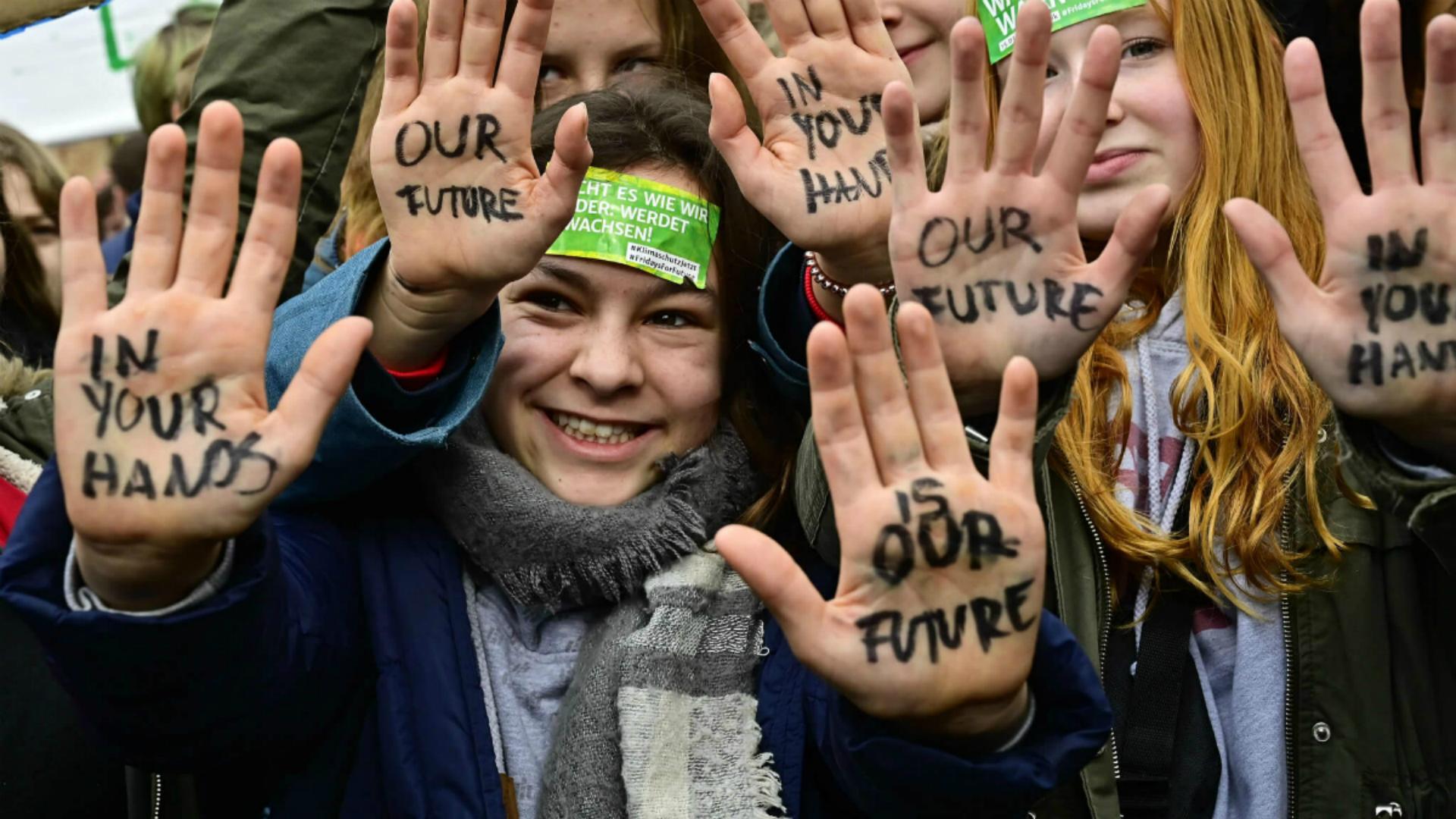 Jóvenes de todo el mundo se manifiestan contra el cambio climático