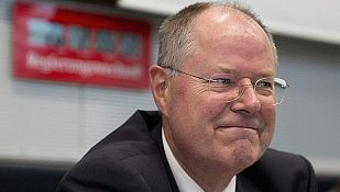 El candidato del Partido Socialdemócrata, Peer Steinbrück
