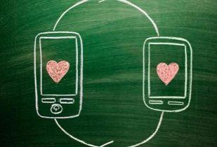 El internet que separa y une parejas
