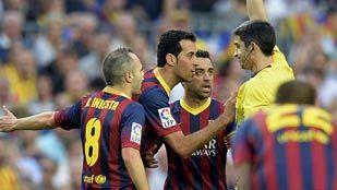 """Busquets: """"Cada vez que pierden, la excusa fácil es el árbitro"""""""