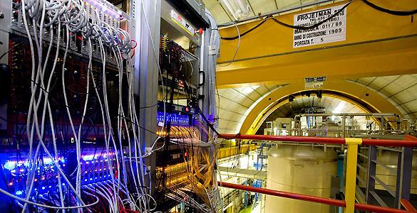 El CERN ha confirmado que los neutrinos no son más rápidos que la luz