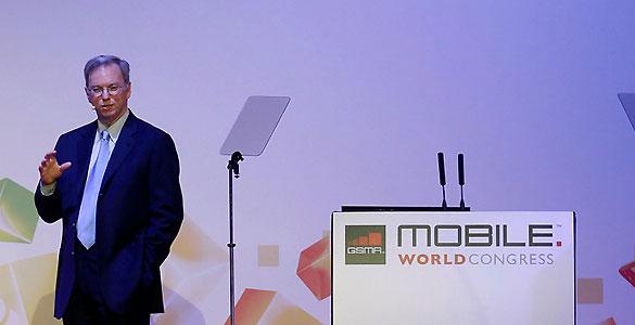 Eric Schmidt, presidente de Google, durante su conferencia en el Mobile World Congress de Barcelona
