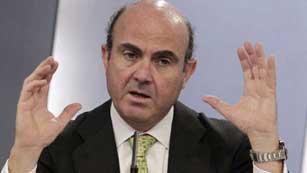 Ver vídeo  'En 2013 subirán el IVA y los impuestos especiales'