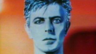 """Ver vídeo  '40 años del disco """"Ascenso y caída de Ziggy Stardust y las Arañas de Marte""""'"""