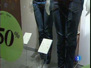 Ver v?deo  'El 44% de los españoles se plantea ponerse a dieta cuando descubre que usa una talla distinta a la que creían'