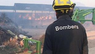 Ver vídeo  '5 incendios en el Pirineo queman unas 1.000 hectáreas'