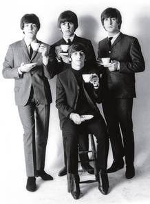 "El 5 de octubre de 1962 los Beatles lanzaron al mercado su primer single, ""Love me do"""