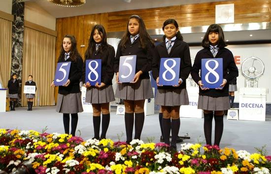 El 58.588 es el número agraciado con el primer premio del sorteo extraordinario de El Niño
