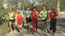 Ir al Video&nbsp;Los abuelos del marat&oacute;n de Madrid