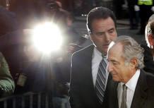 Madoff, a la entrada en la corte de Manhattan en la que se ha declarado culpable.