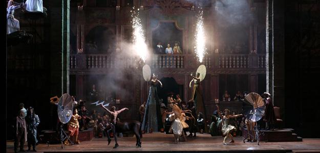 El acto I nos traslada hasta un teatro francés del XVII en una curiosa escena de teatro dentro del teatro