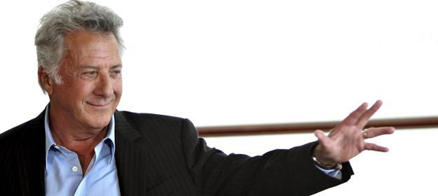 El actor estadounidense Dustin Hoffman posa para los fotógrafos hoy en el Festival Internacional de Cine de San Sebastián