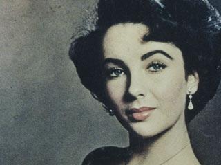 Ver v?deo  'La actriz Elizabeth Taylor muere a los 79 años'