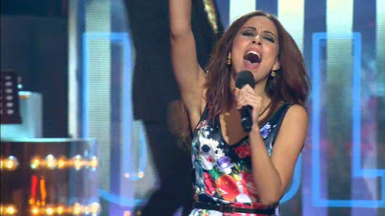"""Uno de Los Nuestros - Sandra Polop canta """"Sleeping in my car"""""""