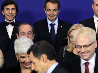 Ver vídeo  'Acuerdo en la UE para fijar un límite de déficit'