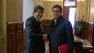 Ver vídeo  'Un acuerdo a tres bandas podría dar el gobierno de Asturias al PSOE'