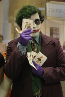 Un aficionado disfrazado de Joker