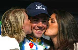 Ver vídeo  'Aitor González, campeón de la Vuelta a última hora'