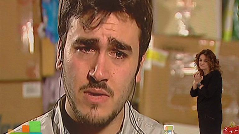 Alberto nos dedica la canción 'Yo te amo' de Chayanne