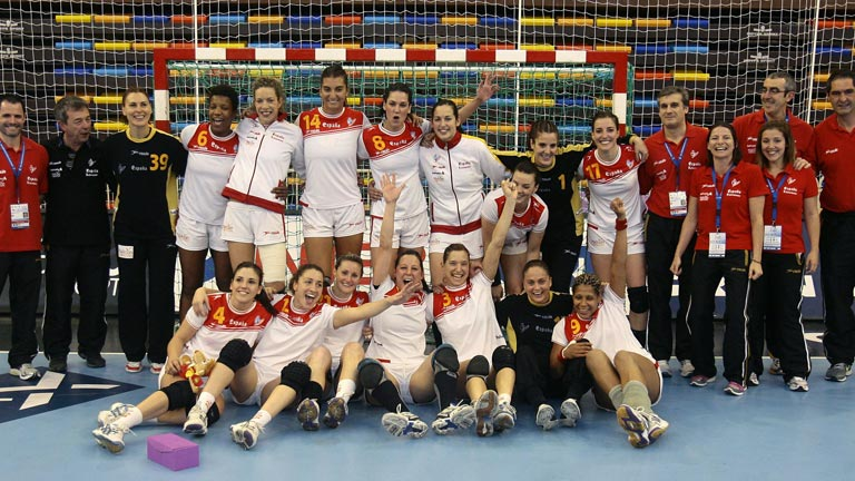 La alegr&iacute;a del balonmano femenino espa&ntilde;ol