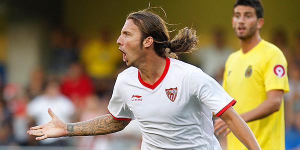 Alexis celebra el gol del empate en Villarreal.