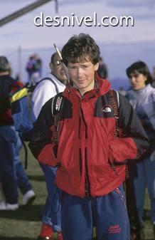 El alpinista Félix Iñurrategui. Falleció en el año 2000, tras caer despeñado en el monte Gasherbrum II (Himalaya) cuando descendía tras haberlo hollado junto a su hermano Alberto.