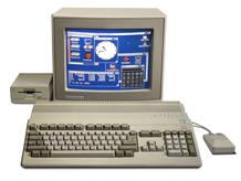El Amiga 500, uno de los modelos lanzados por Commodore como máquina de juegos para el hogar.