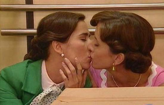 Amar - Ana y Teresa, &iquest;m&aacute;s que amigas?