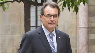 Ver vídeo  'Los analistas ven el rescate como la única salida de Cataluña que debe afrontar una deuda de 6 millones de euros'