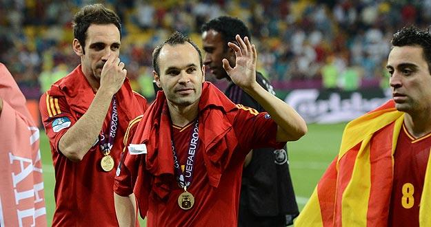 Andrés Iniesta fue elegido mejor jugador de la Eurocopa 2012, título que hereda de su compañero Xavi Hernández.