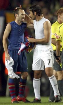 Andrés Iniesta intercambió su camiset