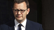 Ir al Video Andy Coulson culpable por las escuchas del 'News of the World'