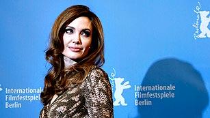 Ver vídeo  'Angelina Jolie revela que se ha sometido a una doble mastectomía para evitar el cáncer'