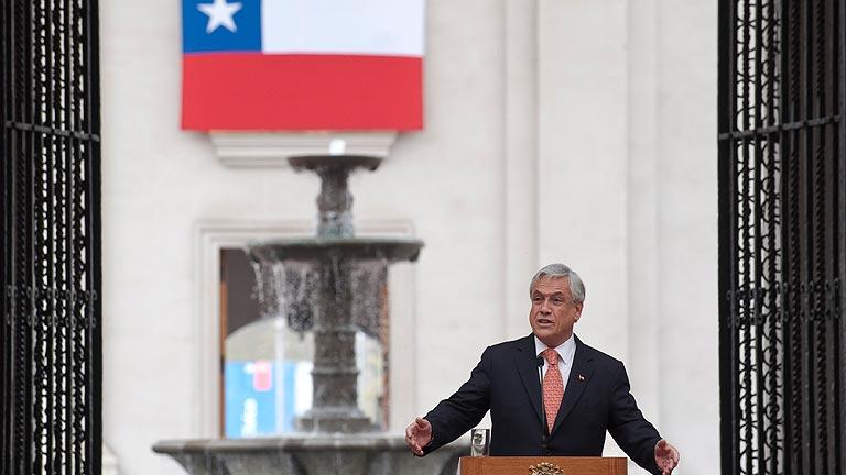 Chile recuerda dividido el golpe de Estado de 1973