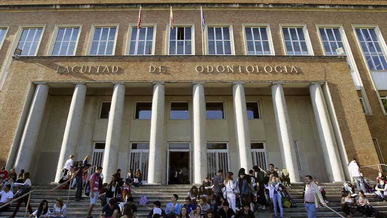 """La presidenta de la conferecia de rectores propone un sistema de ayudas para """"apadrinar a un estudiante"""""""