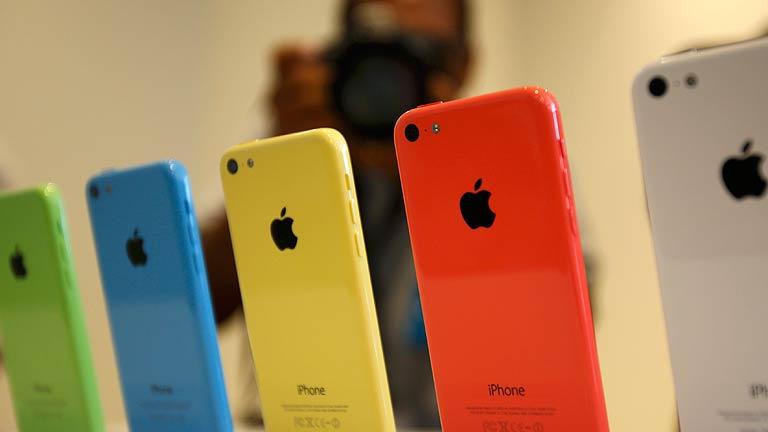 Apple estrena dos nuevos iPhone, el 5S y el 5C