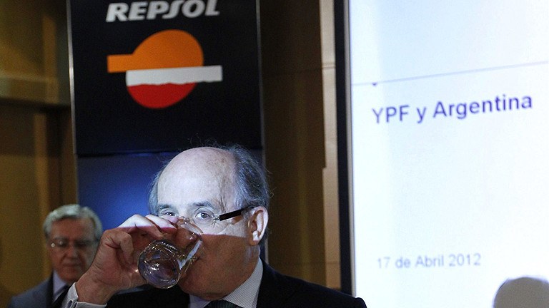 Argentina interviene YPF y anuncia la expropiaci&oacute;n del 51% de la filial de Repsol