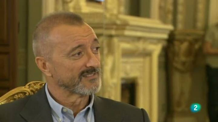 Página 2 - Entrevista: Arturo Pérez-Reverte