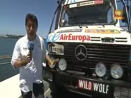 Ver vídeo  'Así es el camión en el que el equipo de TVE vivirá el Dakar 2012'
