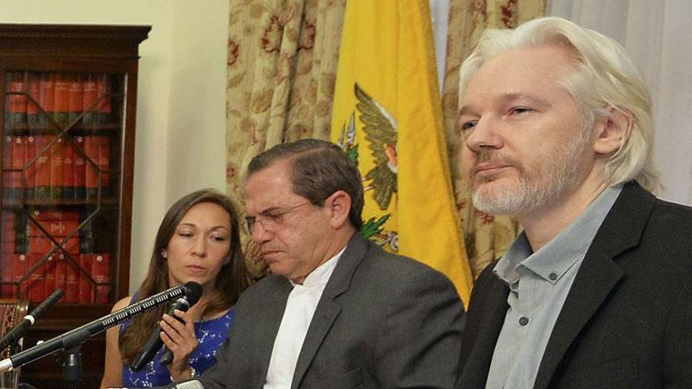 Assange anuncia que pronto abandonará la embajada de Ecuador en Londres