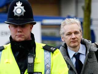 Ver v?deo  'Assange presentará su defensa contra su extradición a Suecia'