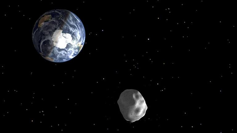 El asteroide 2012 DA14, descubierto en España, se aproxima a la Tierra