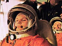 El astronauta Yuri Gagarin, el primer humano que viajó al espacio hace 50 años