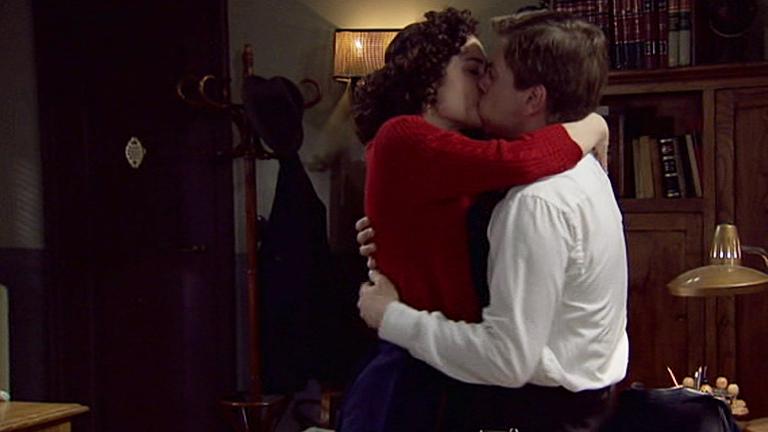 Amar - Asun y Héctor, regresa el amor