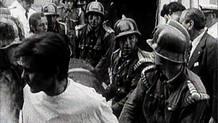 Atentado en la calle del Correo, el primer atentado indiscriminado de la historia de ETA. Primera vez en la que mueren civiles