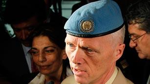 Ver vídeo  'Aterriza en Damasco el jefe de los observadores de la ONU'