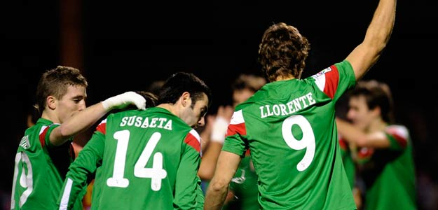 Athletic Bilbao's Llorente celebrates after scoring against Mirandes dur