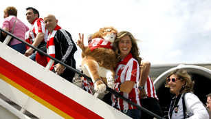 Ver vídeo  'Atlético y Athletic ponen rumbo a Bucarest'