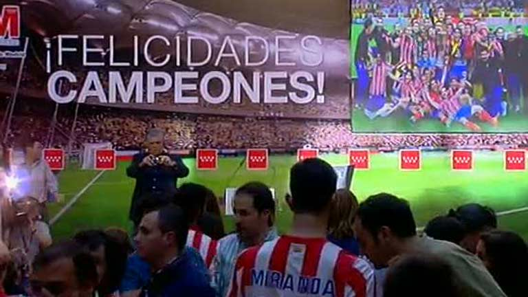 El Atl&eacute;tico ve el resumen de la final en la Comunidad